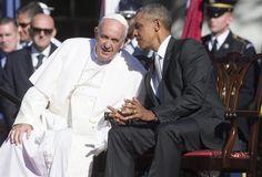 """-Los congresistas norteamericanos invitaron a almorzar al papa Francisco. Su Santidad prefirió irse a comer con un grupo de desamparados en una institución caritativa de la Iglesia. Quería estar con los """"excluidos"""". Carlos Alberto Montaner - El Papa y la pobreza"""