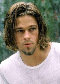 Brad Pitt in: ,True Romance. Brad Pitt Haarschnitt, Brad Pitt Movies, Trendy Mens Haircuts, Cool Haircuts, Brad And Angelina, Angelina Jolie, Brad Pitt Haircut, Haircut Men, Bratt Pitt