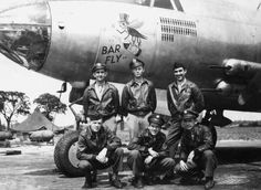 """""""Bar Fly"""" Pilot and Crew, England 1943 Aircraft Painting, Ww2 Planes, Aircraft Pictures, Nose Art, Air Show, Show Photos, Military History, Military Aircraft, Historical Photos"""