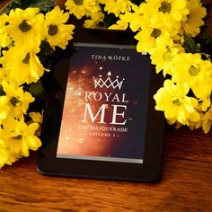Royal me - the maquerade - Episode 1 von Tina Köpke Yellow Flowers, Masquerade, Frame, Decor, Summer Colors, Happy Colors, Daisies, Plants, Picture Frame