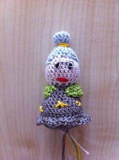 Omaatje het 3e gehaakte poppetje ze worden alleen maar mooier haha Crochet Hats, Knitting Hats