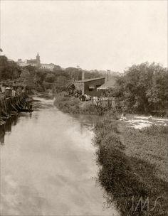 Igreja da Glória no Cambuci e Rio Tamanduateí, antes da retificação - Data: 1910 circa