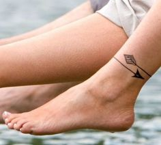 Uno dei posti più sensuali per una donna ove avere un tatuaggio, la caviglia è anche il più amato: sfoglia le nostre foto tatuaggio caviglia per trovare quello che più ti si addice...