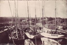 """Tunnyman dandies, """"Yvette"""" and """"Yves et Jean"""",  from Morgat. """"Yvette"""" is ketch-rigged, like the big 'langoustiers mauritaniens' from Douarnenez."""