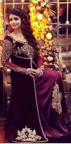 Pakistani fashion. pakistani cloth. Pakistani dress. Pakistani couture.