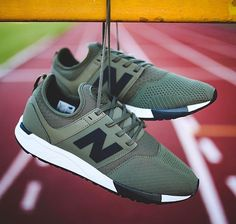 cac301dfe08ec New Balance 247   Men's Fashion in 2019   Shoes sneakers, New ...