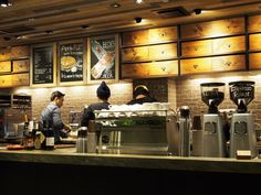 ワインやビールを楽しめる新感覚のスタバ「Inspired by Starbucks」をご存知ですか?住宅街に溶け込んだナチュラル感たっぷりの店内で、ここだけ限定のメニューもある大人でスペシャルなスタバなんです。