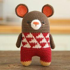 minimals mouse #crochet #crochetdoll #crochetlove #toy #amigurumi #amigurumidoll #handmade #bigbebez #minimals #あみぐるみ #キャラ玉 #かぎ針編み #娃娃 #オリジナルキャラクター#코바늘 #인형 #코바늘인형 #핸드메이드 #아미구루미#mouse