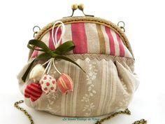 Bolso con boquilla - Tulipanes- de La Tienda Vintage de Kima por DaWanda.com