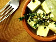 Small Plates: 4 Spanish Tapas That Use Only 4 Ingredients Each Recipe Housewarming Food, Tapas Party, Portuguese Recipes, Portuguese Food, Rustic Bread, Spanish Tapas, Fast Dinners, Roasted Almonds, All Vegetables