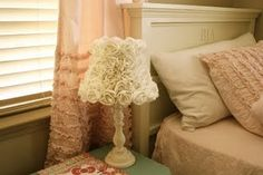 Love this lamp and great ruffle tutorial