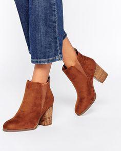 block heeled chelsea boot