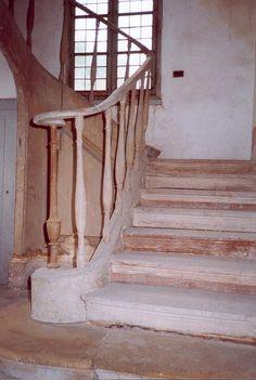 Le Hameau de la reine - l'escalier intérieur