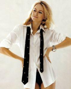 Naomi Watts with His white shirt