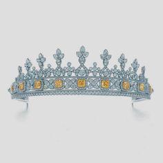 Tiffany & Co. - Fancy Intense Yellow Diamond Tiara, yellow diamonds in 18k gold and white diamonds in platinum