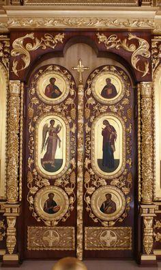 Russian Orthodox Church of Saint Michael the Archangel This is the first Russian Orthodox church built in Spain.