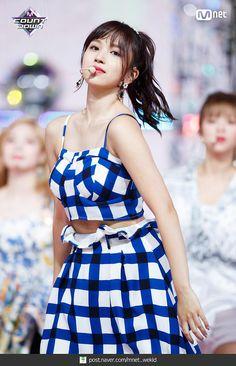 twice ♡ mina Nayeon, South Korean Girls, Korean Girl Groups, Warner Music, Sana Momo, Twice Once, Twice Kpop, Myoui Mina, Korean Couple