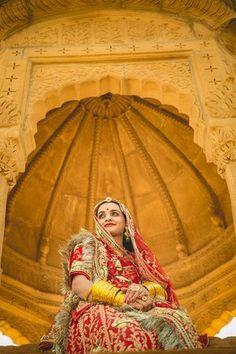 Rajasthani Bride, Rajasthani Dress, Indian Bride Dresses, Indian Bridal Outfits, Bridal Looks, Bridal Style, Beautiful Profile Pictures, Beautiful Indian Brides, Deepika Padukone Style