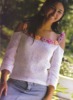 "diy_crafts-Maglia a filet ""Flower off-shoulder top, crochet (tunique"", ""White Mesh Top with Flower Trim free crochet graph pattern ☆"", ""Mak T-shirt Au Crochet, Pull Crochet, Mode Crochet, Crochet Shirt, Crochet Woman, Filet Crochet, Crochet Tops, Top Pattern, Free Pattern"