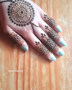 Very basic jewellery style mandala - Henna designs hand - Henna Hand Designs, Eid Mehndi Designs, Mehndi Designs Finger, Latest Henna Designs, Indian Henna Designs, Mehndi Designs For Girls, Mehndi Designs For Beginners, Modern Mehndi Designs, Mehndi Design Photos