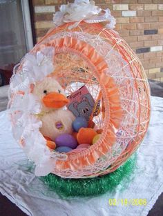 String Easter Egg Baskets - OCCASIONS AND HOLIDAYS