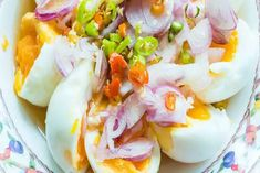 Egg Chaat How To Make Eggs, Food To Make, Chaat Recipe, Chaat Masala, Sweet Sauce, Egg Recipes, Cooking Time, Food Videos, Easy Meals