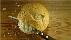 Aproveitar pão duro é uma boa forma de evitar o desperdício e poupar. Aprenda aqui como aproveitar pão duro! #Aproveitar_Pão_Duro #dicas #truques #cozinha #pão
