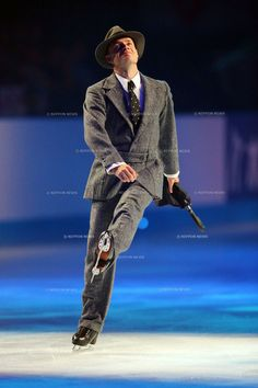 Kurt Browning: Singing in the Rain