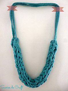 tutorial collar trapillo tejido dedos paso a paso DIY XL crochet necklace with hands