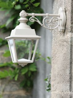 Outdoor Down Wall Light French Chenonceau