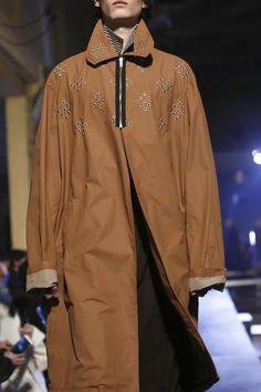 Raf Simons Menswear Spring Summer 2016 Paris - NOWFASHION