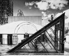R'dam Schouwburgplein 2013 straatfotografie zwart/wit streetphotography b/w