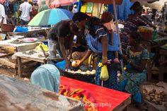 La guinée, ses femmes, ses enfants, ses marchés - Voyage-guinee.fr - @TripBPhotographie - #VoyageGuinee
