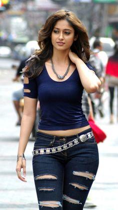 20 Ileana D'cruz Hot Photos in Tight Jeans - Hottest & most enjoyable actresses photos Indian Bollywood Actress, Beautiful Bollywood Actress, Most Beautiful Indian Actress, South Indian Actress, Beautiful Actresses, Sexy Ebony Girls, Hot Actresses, Indian Actresses, Belle