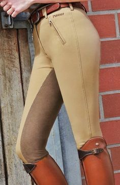 The most important role of equestrian clothing is for security Although horses can be trained they can be unforeseeable when provoked. Riders are susceptible while riding and handling horses, espec… Horse Riding Boots, Horse Riding Clothes, Riding Hats, Riding Gear, Equestrian Outfits, Equestrian Style, Equestrian Fashion, Horse Fashion, Riding Breeches