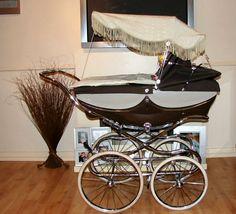 Prams Of Distinction Silver Cross Prams, Baby Transport, Vintage Pram, Prams And Pushchairs, Baby Prams, Baby Carriage, Baby Kind, Vintage Coach, Beautiful Babies
