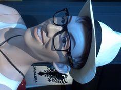 """Uglys """"lindos"""" da Hans Boodt. No Brasil você só encontra na Expor Manequins. Essa vitrine é da Átomo Store em Florianópolis."""