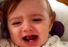 Produtos proibidos para aliviar a dor do nascimento dos primeiros dentinhos.