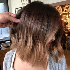 Hair Color is Trending for Fall—Here Are 15 Stunning Examples to Bring. Caramel Hair Color is Trending for Fall—Here Are 15 Stunning Examples to Bring.Caramel Hair Color is Trending for Fall—Here Are 15 Stunning Examples to Bring. Honey Balayage, Brown Hair Balayage, Brown Ombre Hair, Hair Color Balayage, Ombre Hair Color, Blonde Color, Balayage Highlights, Brunette Balayage Hair Short, Caramel Balayage Bob