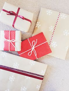 Red and natural Christmas Gift Wrap inspiration