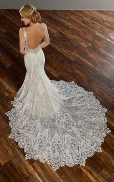 905 French-Inspired Lace Wedding Dress by Martina Liana