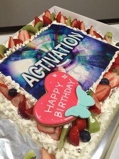 DJさんのケーキ Happy 1st Birthdays, Birthday Cake, Desserts, Food, Tailgate Desserts, Birthday Cakes, Deserts, Eten, Postres