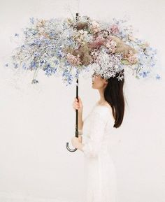 A floral umbrella takes floral crafting to another level! Fotografia Floral, Azul Vintage, Floral Wedding, Wedding Flowers, Floral Umbrellas, Photoshoot Concept, Flower Installation, Bride Bouquets, Traditional Wedding