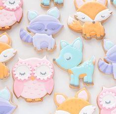 Cute Fox Cookie Cutter This Cute Fox cookie cutter comes in mini, standard and large (2-inches, 3-inches and 4-inches respectively). Buy the All Sizes Set to have an entire collection! The size is mea
