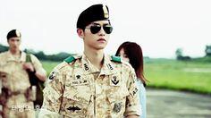 "[Photos] Added new stills for the upcoming Korean drama ""Descendants of the Sun"" @ HanCinema :: The Korean Movie and Drama Database"