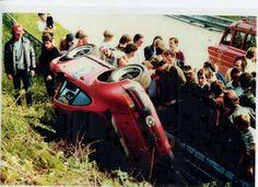 Bilder einer Rennfahrer-Karriere: Aufnahmen aus Müllers Privatarchiv. Antique Cars, Racing, Antiques, Vehicles, Career, Photo Illustration, Vintage Cars, Running, Antiquities
