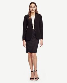 """Designed+in+our+always-refined+triacetate+doubleweave,+this+elegant+essential+goes+from+work+life+to+real+life+with+total+ease.+Peaked+lapel.+Long+sleeves+with+functional+sleeve+buttons+for+added+styling+options.+Two-button+front.+Front+besom+pockets.+Back+vent.+26""""'+long."""