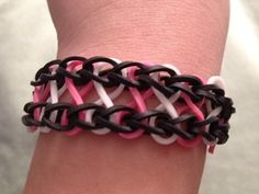 How to Make the Infinity Bracelet on the Rainbow Loom - YouTube