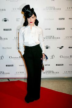 Fashion Icons: DITA VON TEESE  http://www.fashionstudiomagazine.com/2012/04/fashion-events-london_24.html