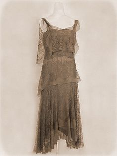 1920's silk and embroidered lace drop down  cream dress